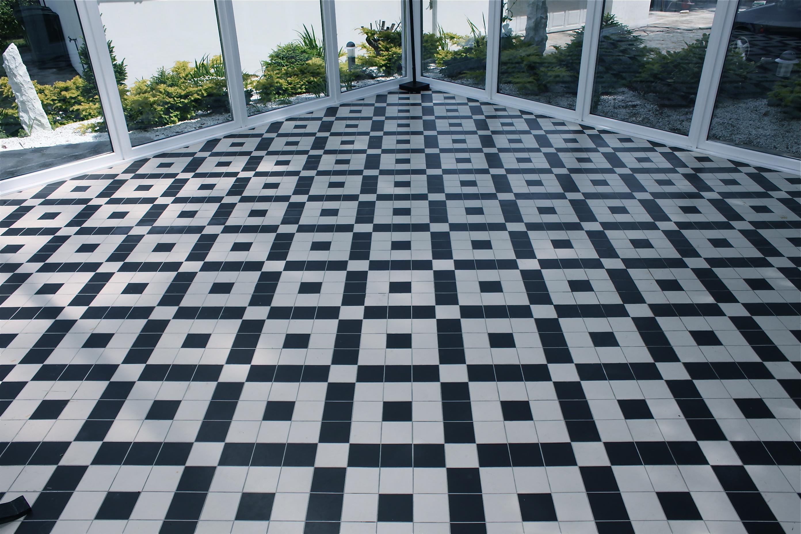 Attic extension leonardas construction for Solarium flooring